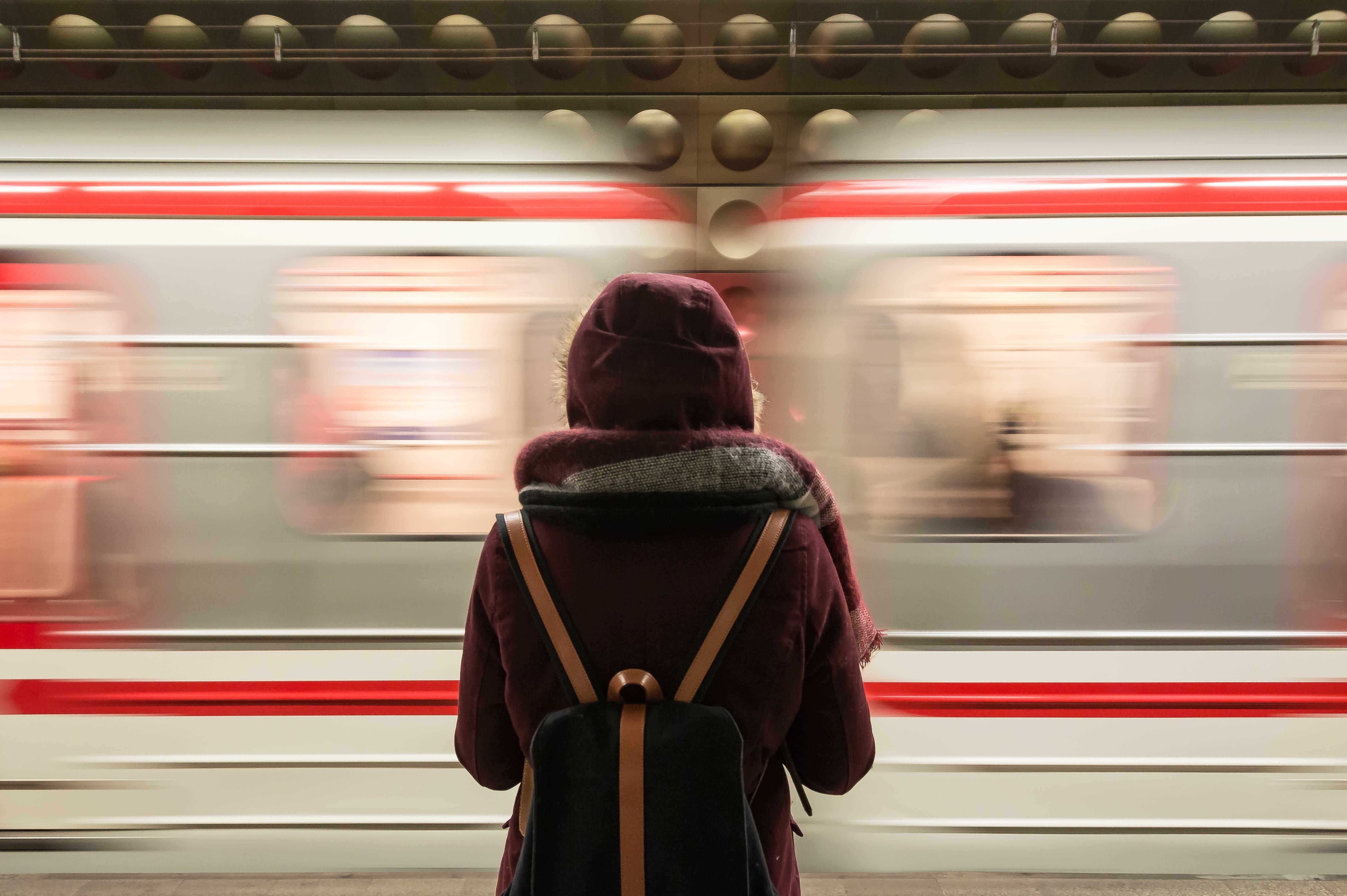 Wachtlijsten in de GGZ: waarom zijn ze er en hoe zorg je dat je sneller hulp krijgt?
